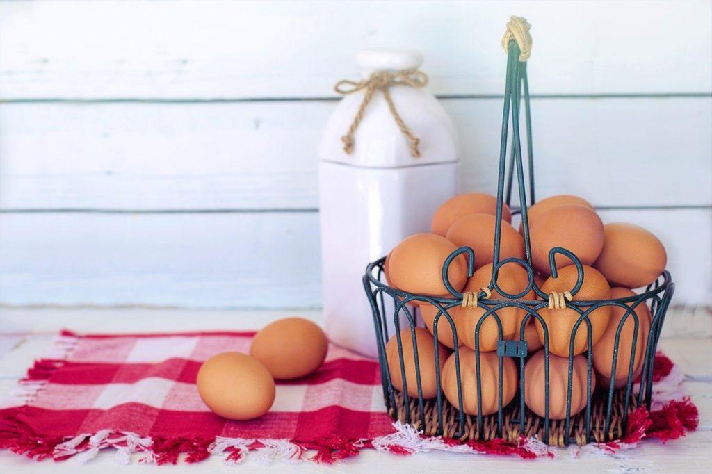 Plaats niet al je eieren in een mandje. Maar het reduceren van risico in je aandelenportefeuille draait om meer dan dat.